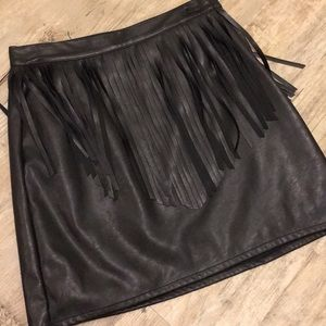 Fringe faux leather H&M skirt